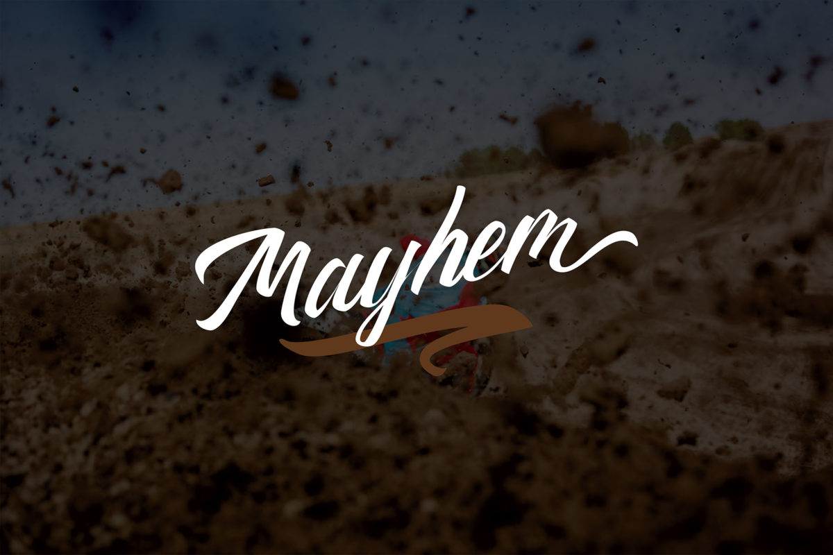 Thipe Typeface in Script Fonts